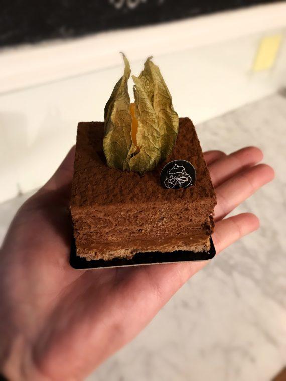 Boulangerie Aux Petites Mains ENTREMET Royal