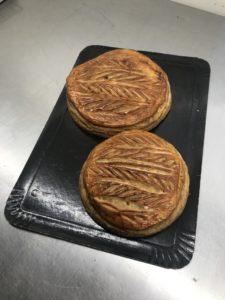 Boulangerie AUX PETITES MAINS EPIPHANIE Galette Cassis Noisette