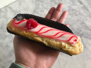 Boulangerie Aux Petites Mains Eclair spécial Framboise / Litchi
