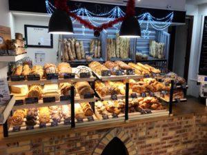 Boulangerie Aux Petites Mains nouvelles clayettes viennoiseries / pains